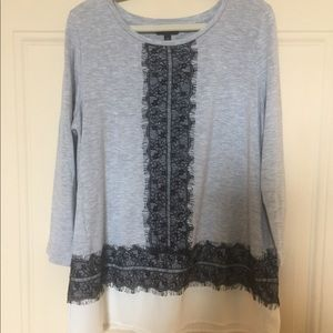 Grey T-shirt with lacy